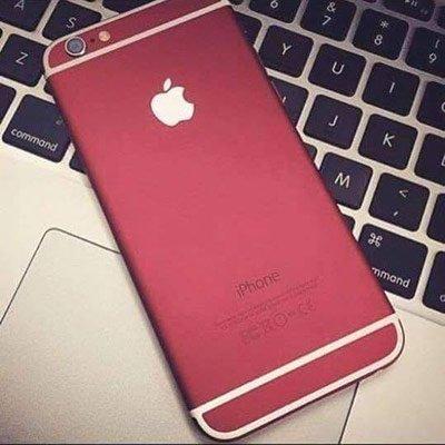 iPhone 7 di colore rosso